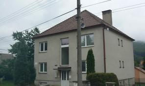 Prostorný rodinný dům v malebném prostředí Bilých Karpat